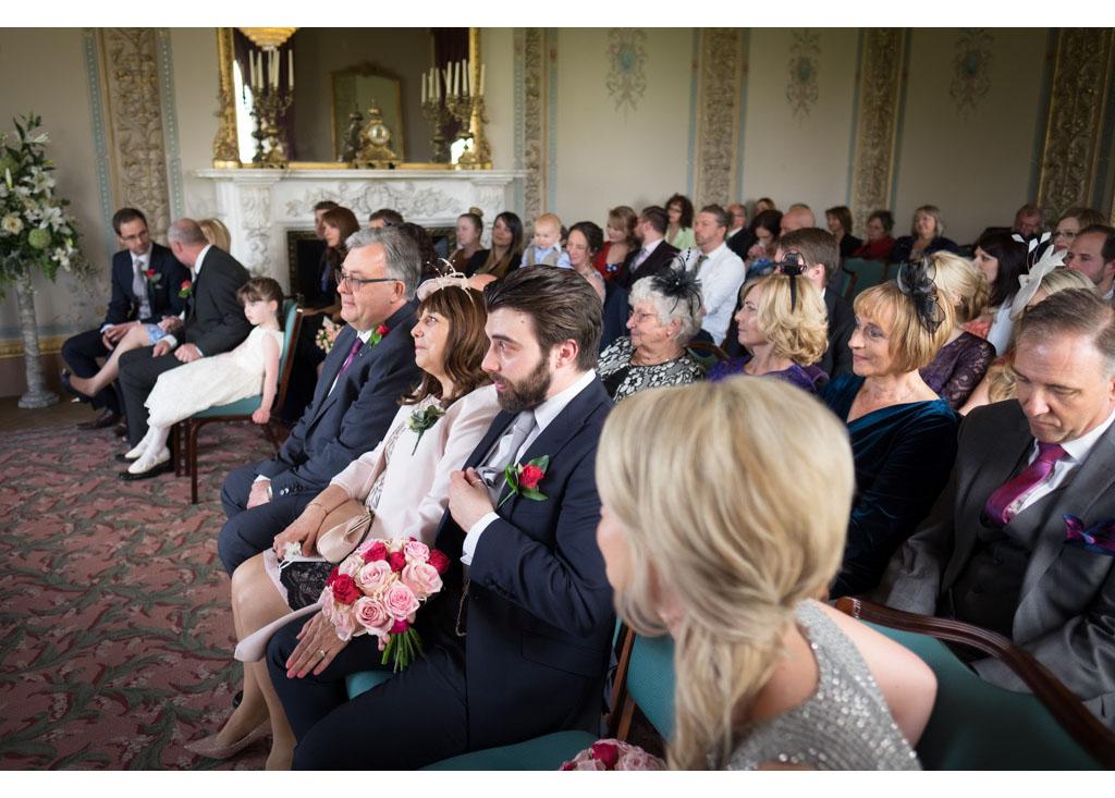 Essex wedding photographer Eyeshine Photography photographs photos photographers Hylands House favourite wedding images