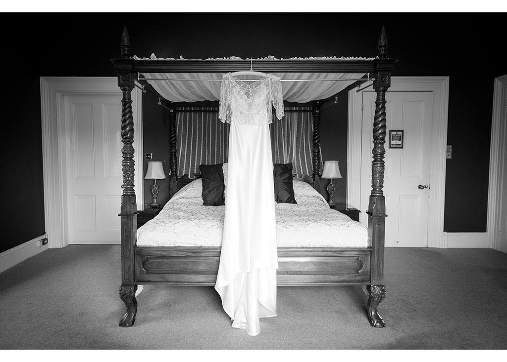Essex wedding photographer Eyeshine Photography photographs photos photographers The Fennes vintage retro