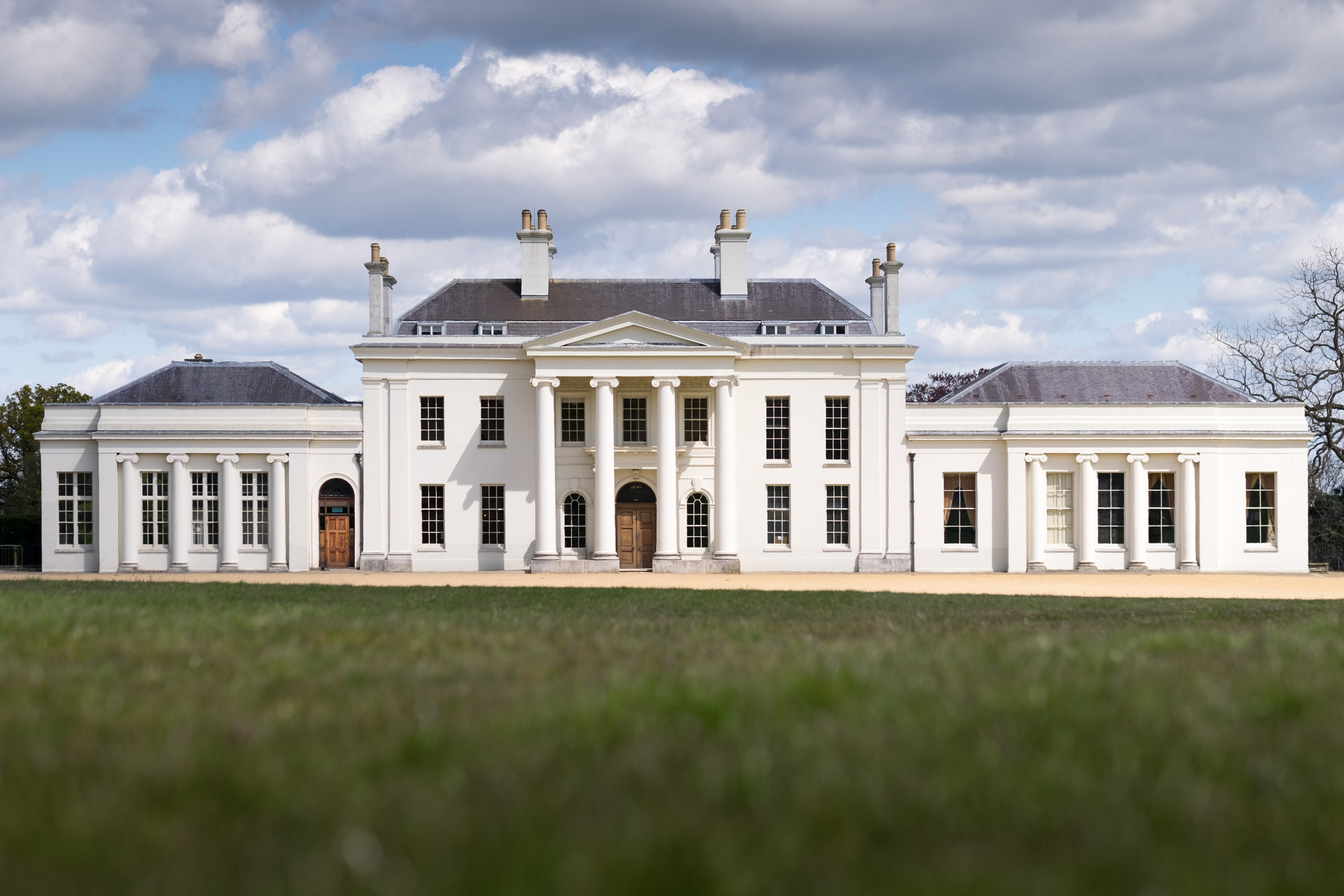 Hylands House photo photos photographer Chelmsford Essex wedding photography eyeshine