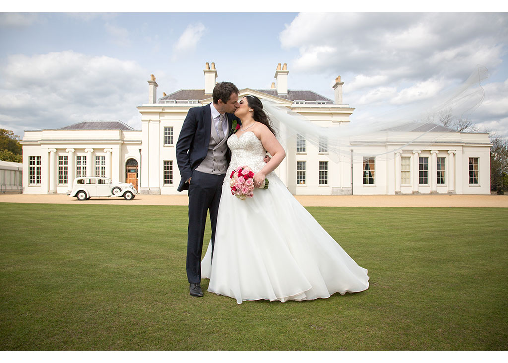 Hylands House photo photos photographer Chelmsford Essex wedding photography eyeshine