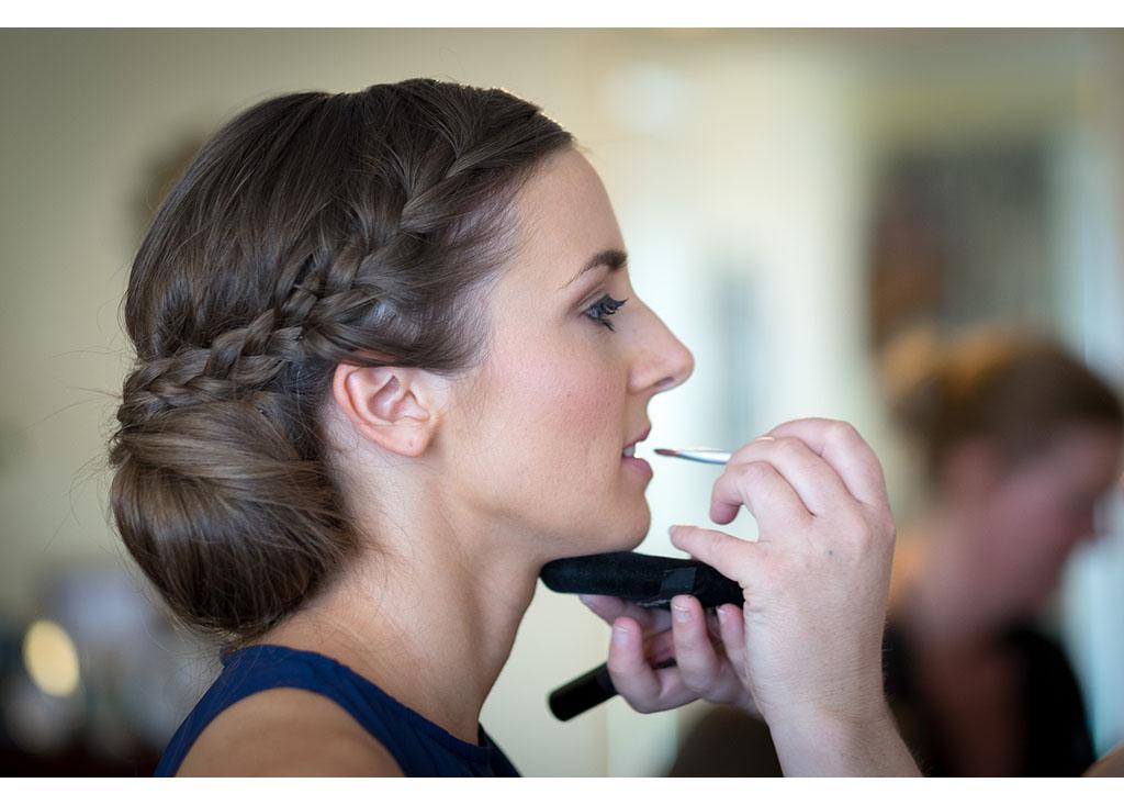 Rayleigh Wedding photo photos photographer Rayleigh Essex wedding photography eyeshine bride bridal preparations