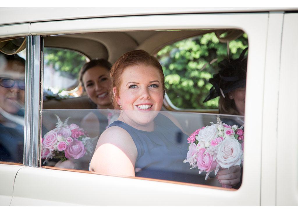 Rayleigh Wedding photo photos photographer Rayleigh Essex wedding church photography eyeshine flowers bouquet bride bridesmaids
