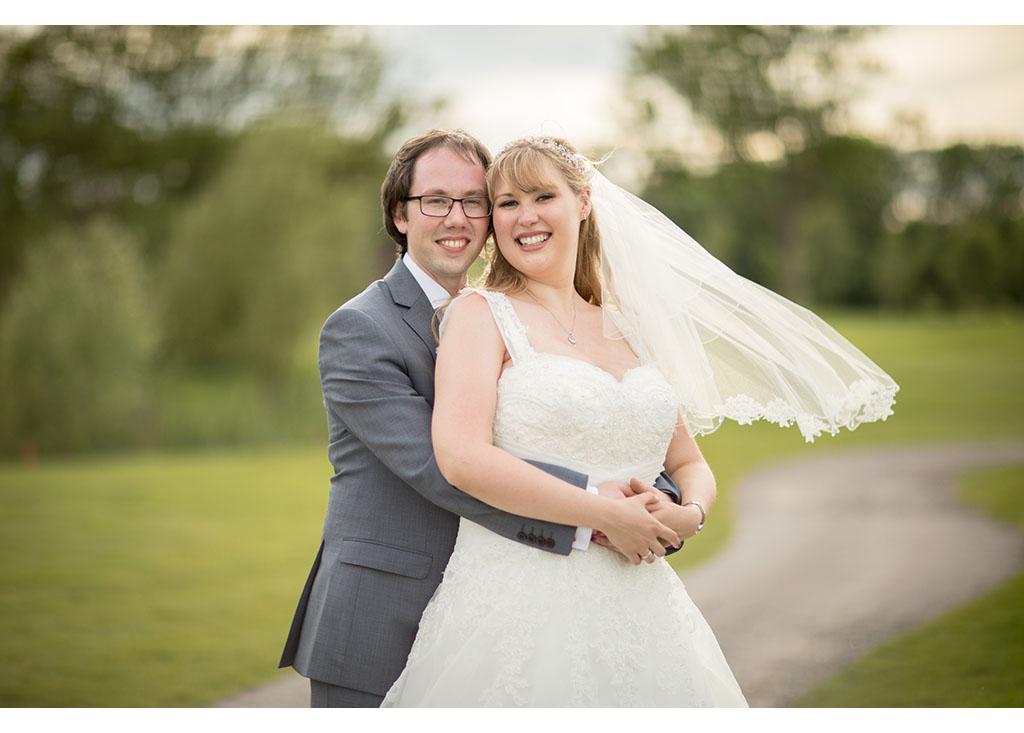 Rayleigh Wedding photo photos photographer Rayleigh Essex wedding reception photography eyeshine bride groom couple married