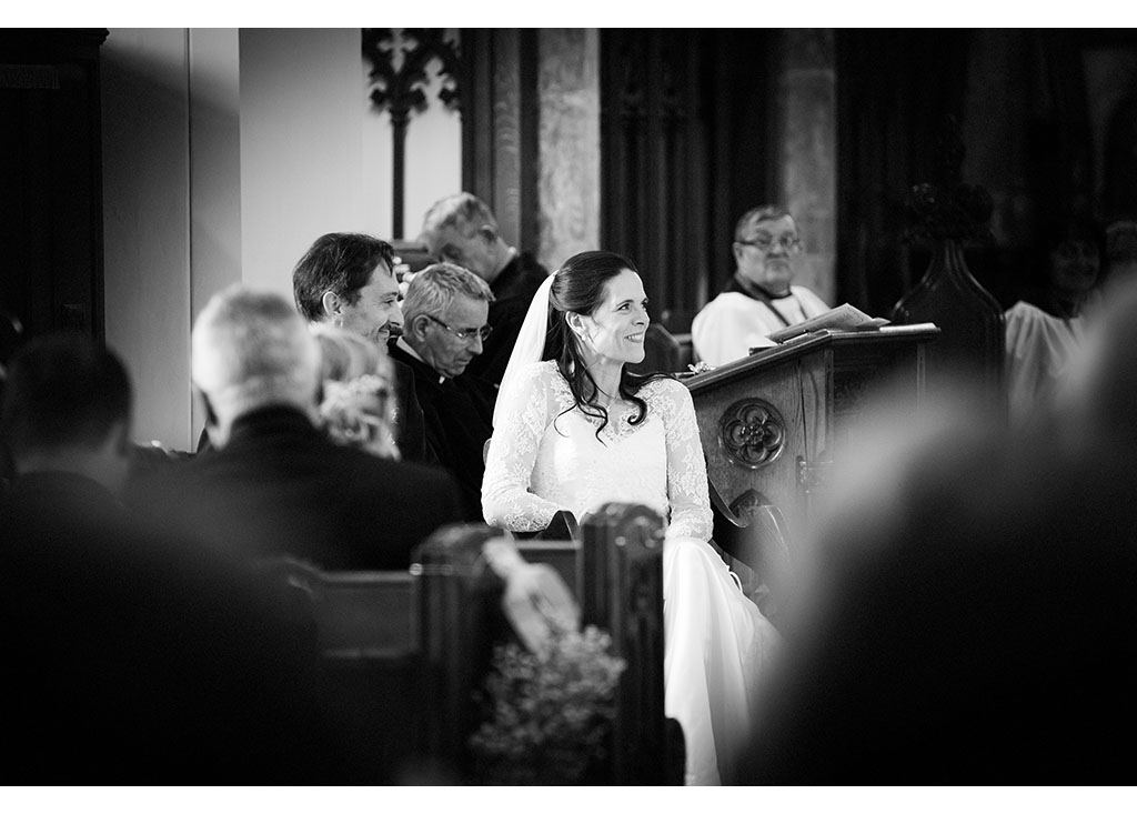 church ceremony wedding photography