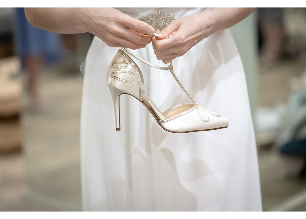 bridal shoes photography