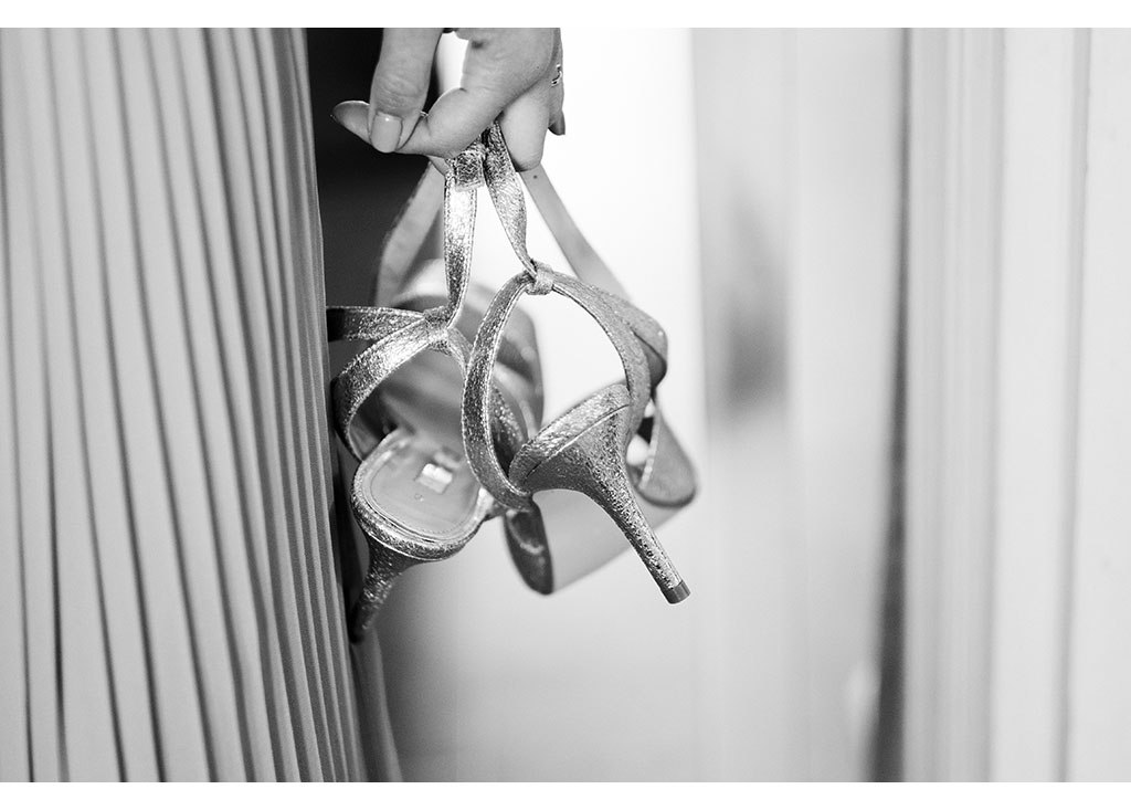bridesmaid shoes detail