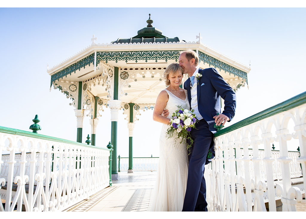 relaxed wedding photographer brighton